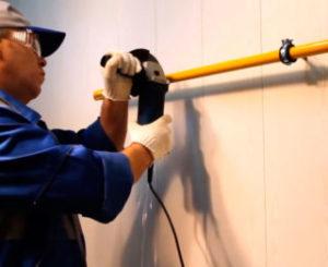 Обрезать газовую трубу